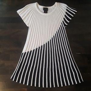 "NWOT ""IMAN"" Black/White Flare Sweater"